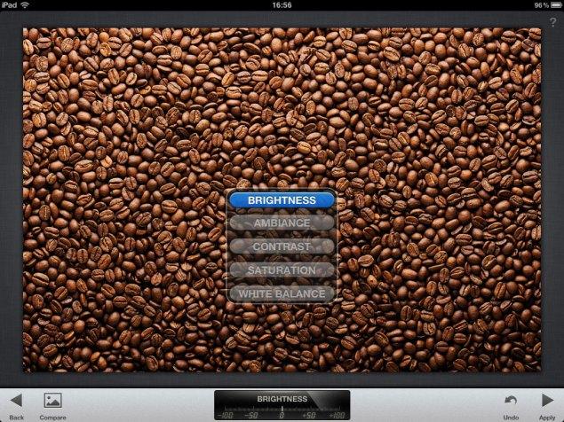 Imagine cu meniul de selectare a tipului de editare dorit în Snapseed pentru iPad.