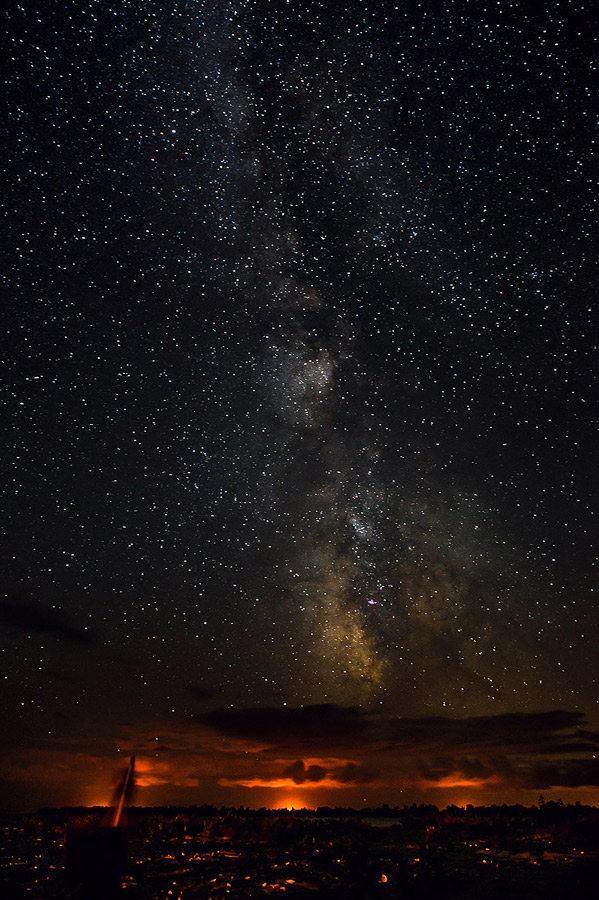 Peisaj de noapte cu Calea Lactee - Sf. Gheorghe - TID Romania