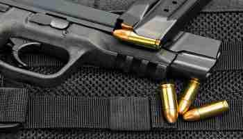 do handgun rounds penetrate windshields
