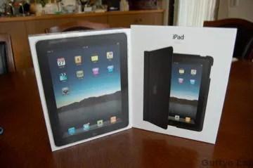 iPadWifi64GBと純正ケース