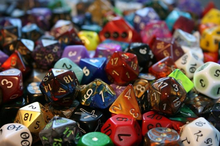 dés de jeux de rôle - apprendre l'anglais avec les jeux