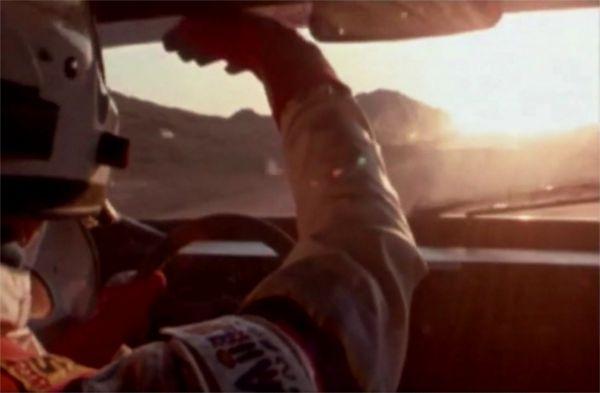 Ari Vatanen tentant de séduire la belle. - extrait de Climb Dance, de Jean-Louis Mourey
