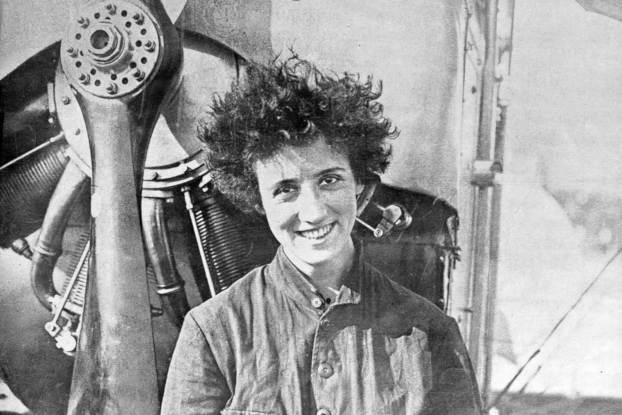 Adrienne Bolland en 1921