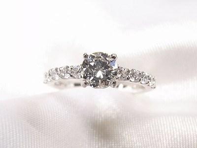 シンプルダイヤモンドリングをキラキラリングへリフォーム【神戸 元町】