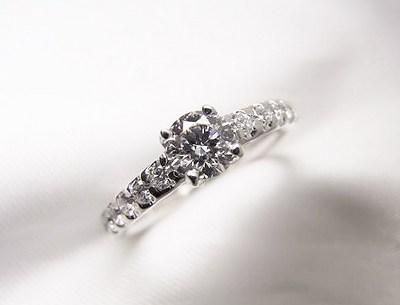 0.3ctご婚約指輪をカジュアルでおしゃれな指輪へリフォーム【神戸 元町】