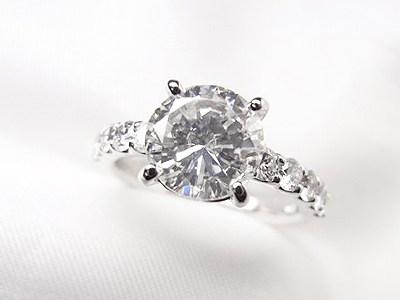 2ctUPダイヤモンドリングの華麗なリフォーム【神戸 元町】