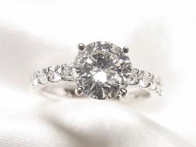 1ctUPのダイヤモンドをゴージャスかわいいキラキラリングへリフォーム【神戸 元町】