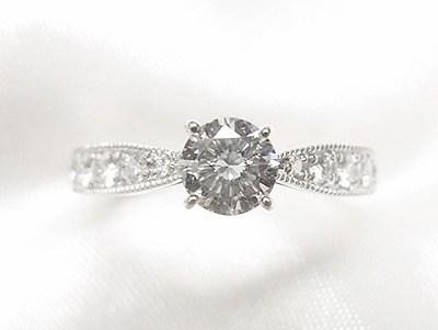 0.31ctのご家族のダイヤモンドをエンゲージリングへリフォーム【神戸 元町】