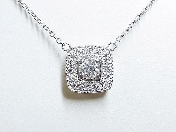 スクエアのダイヤモンドペンダントネックレスのご注文