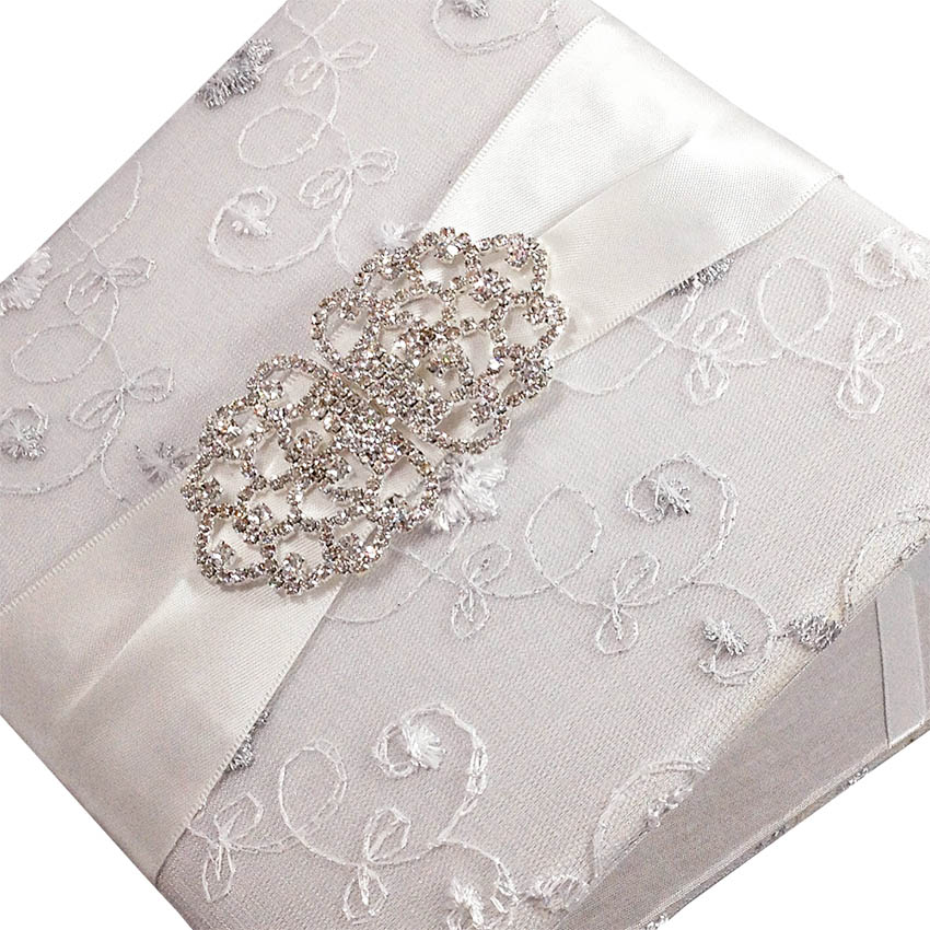 Luxury boxes and folios for your invitations