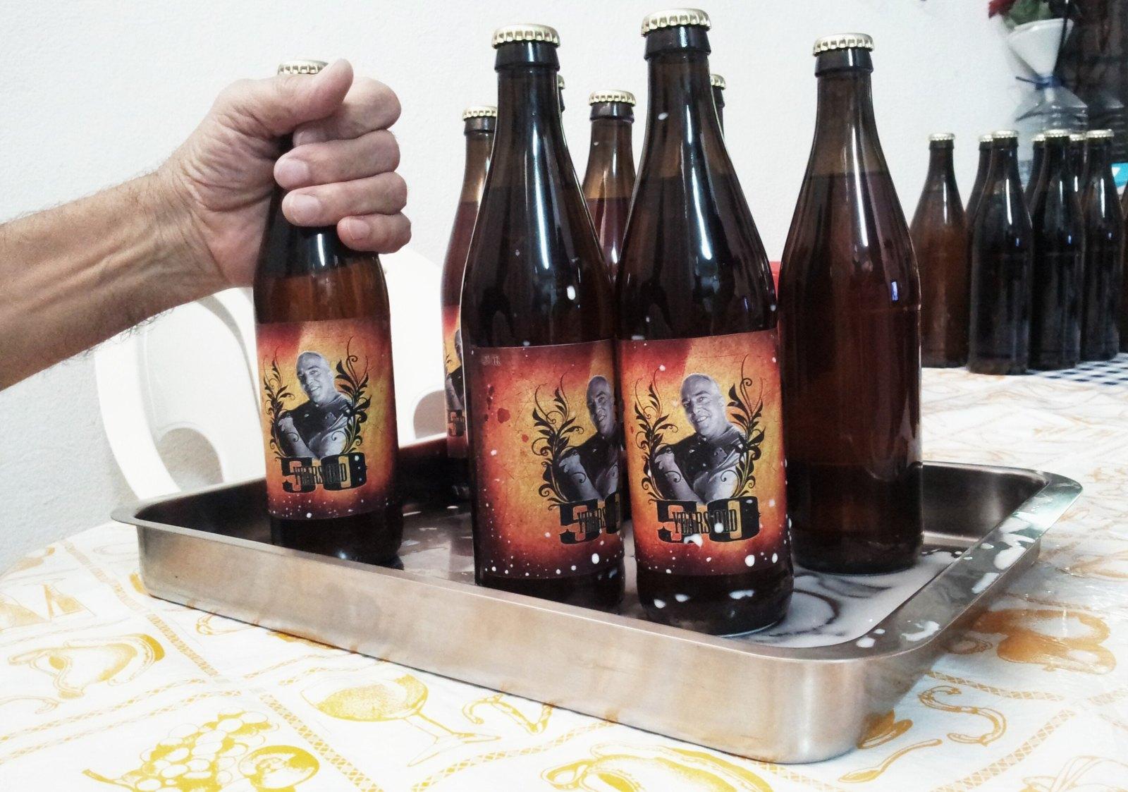Etiquetando Botellas