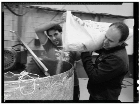 Mikel y Pablo - Drunken Bros Brewery
