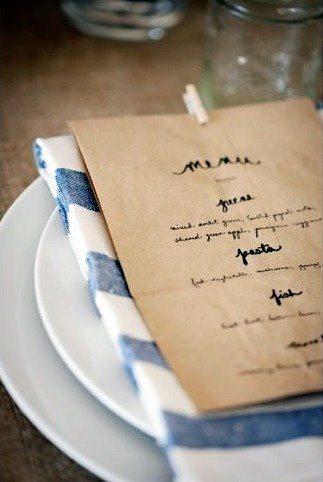 jolie id e pr sentation de votre menu de mariage. Black Bedroom Furniture Sets. Home Design Ideas