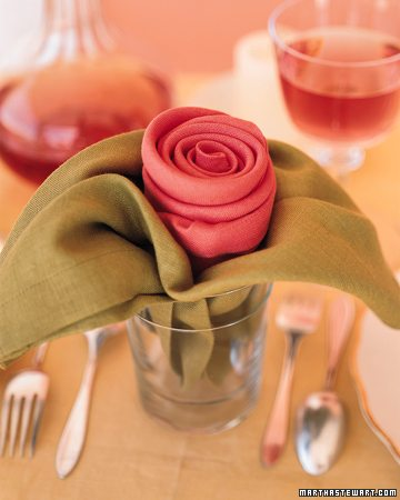 Diy Pliage De Jolies Serviettes Rose En Tissu Happy Chantilly