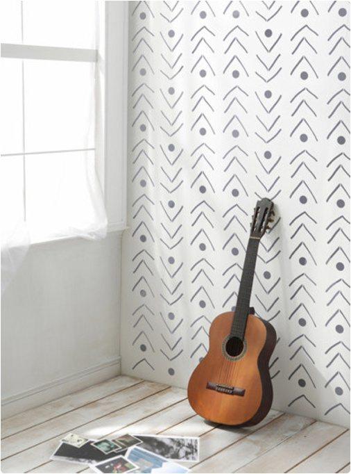 D coration des murs diy avec une petite touche scandinave for Pochoir geometrique
