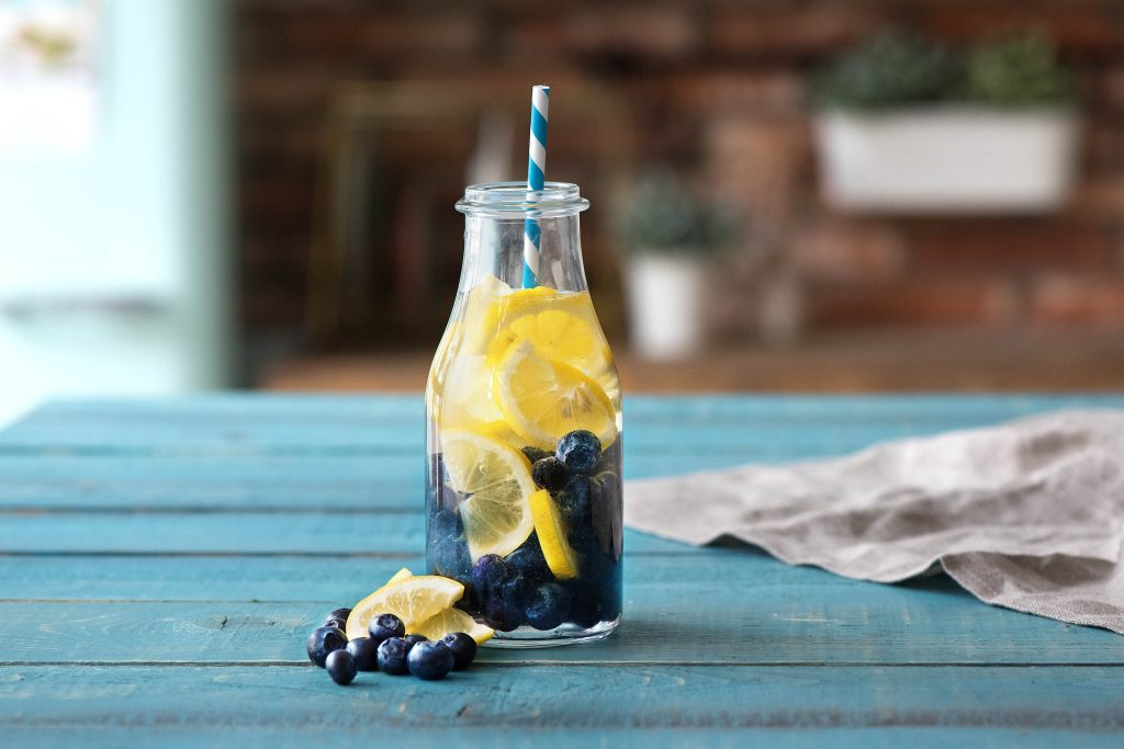 detox- of fruitwater