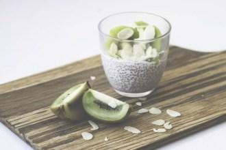Lekker en gemakkelijk ontbijtrecept met chiazaad en kiwi