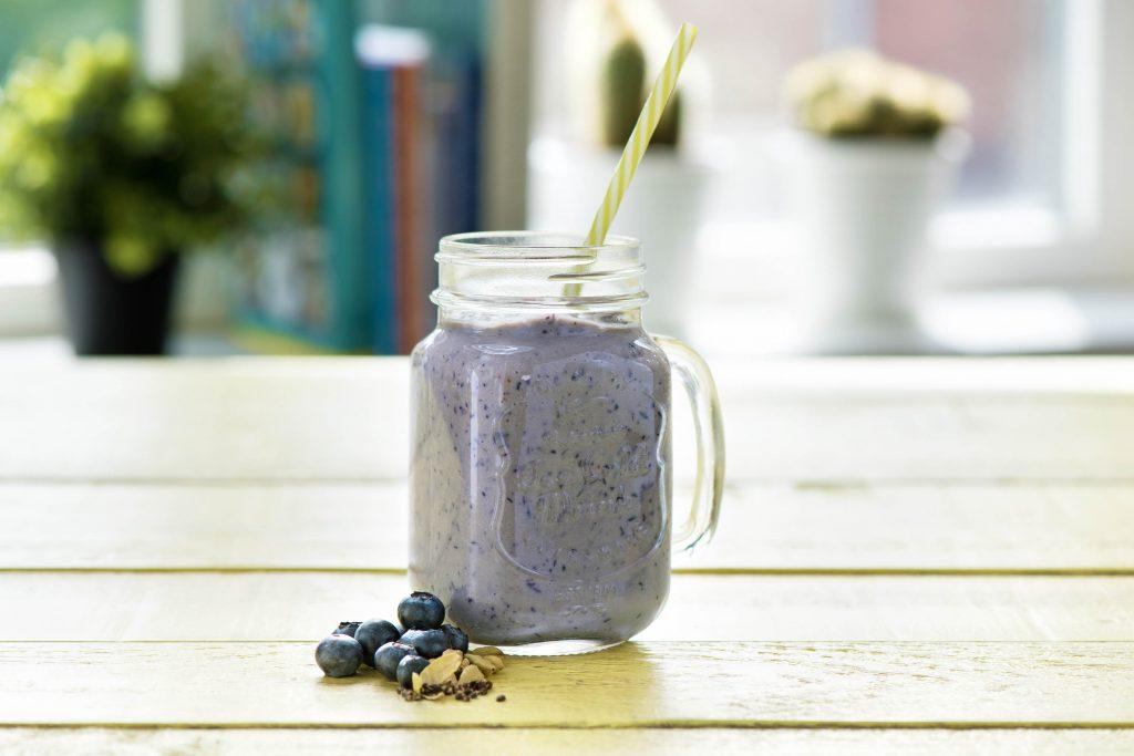 Unsere liebsten Smoothie Rezepte: blau