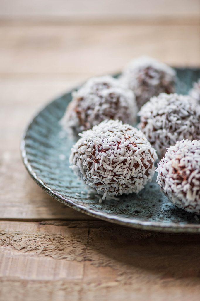 Pralinen selber machen: Zartbitter-Kokos