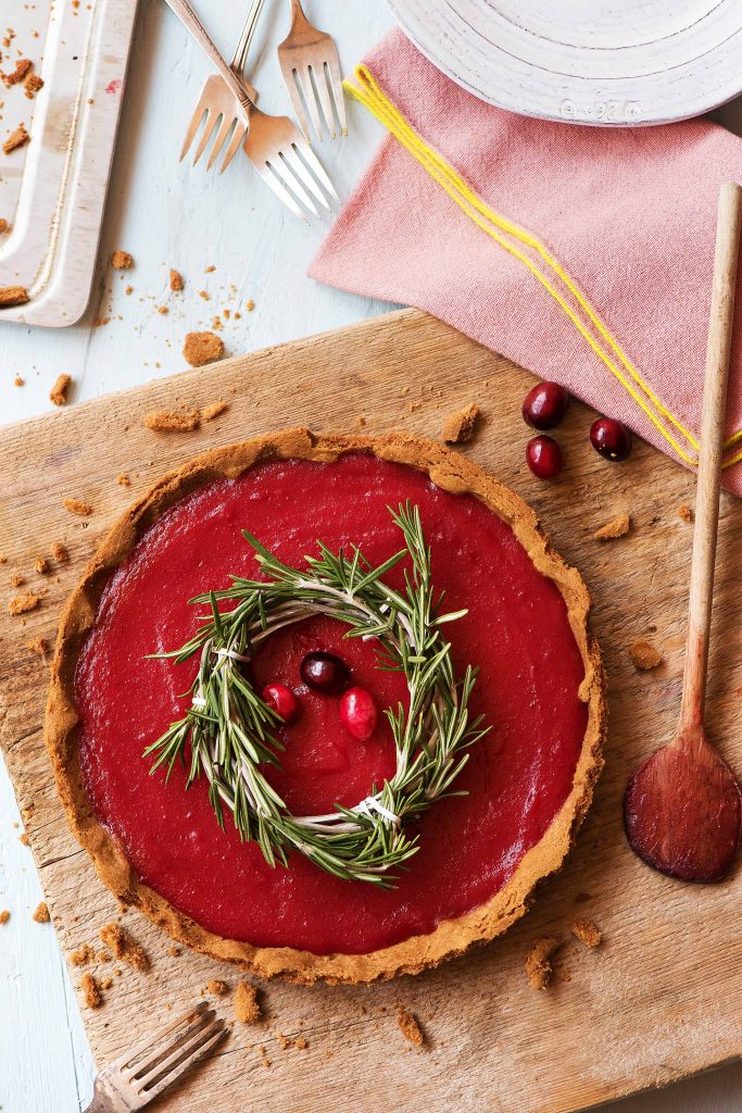 hf161214_extrashot_us_2-festive-holiday-recipes-with-cranberries_-10_low