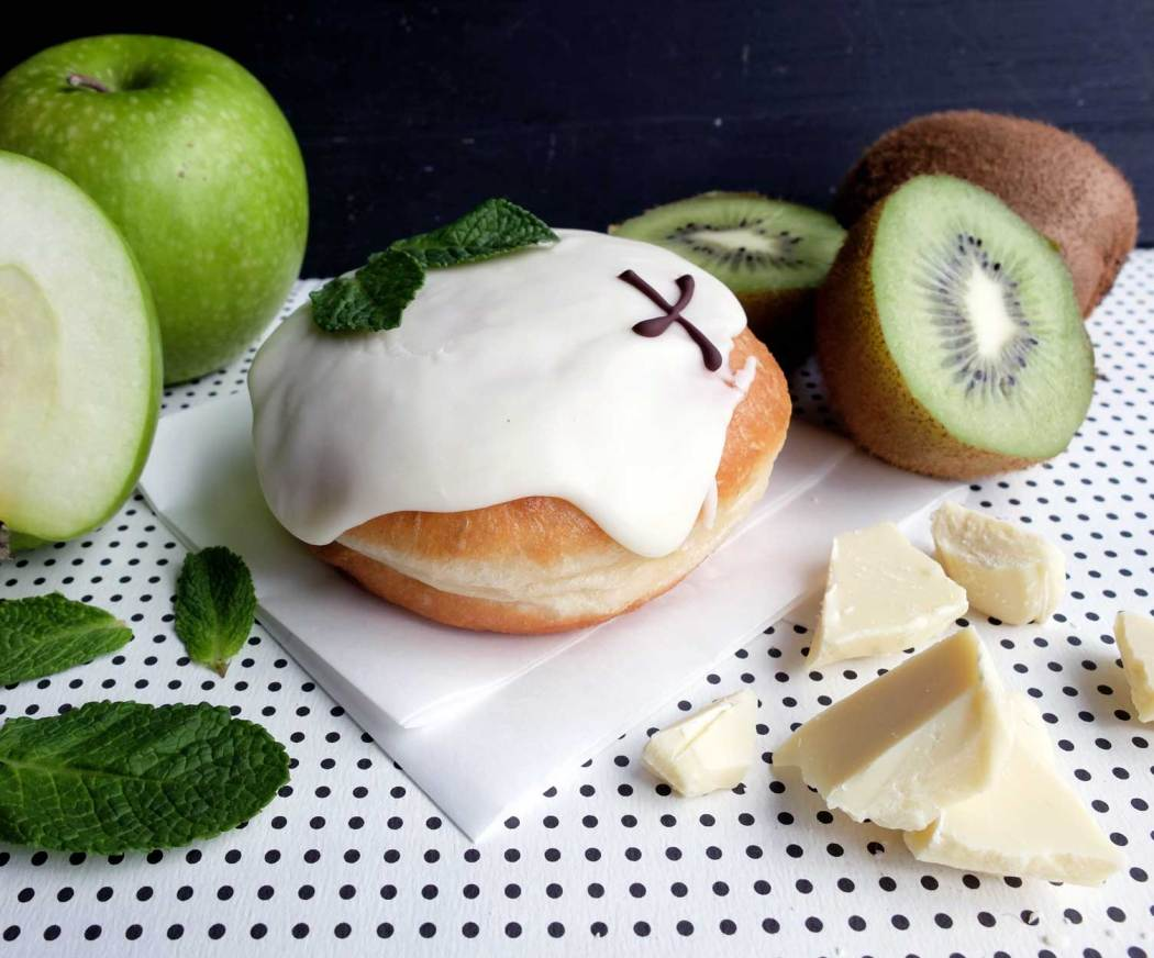 Dessert Places in London: Crosstown Donuts