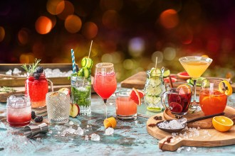 10 Easy Cocktail Recipes To Get You Feeling Festive