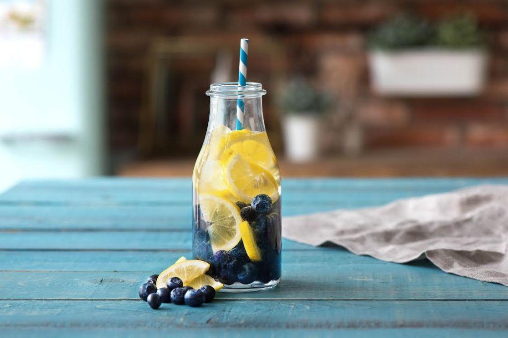 infused water-blueberries-lemon-HelloFresh