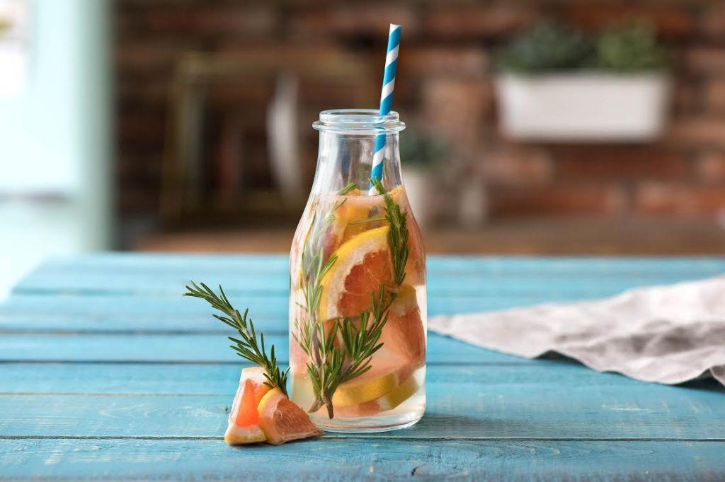 infused water-grapefruit-rosemary-HelloFresh