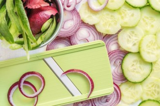 time-saving-kitchen hacks-HelloFresh