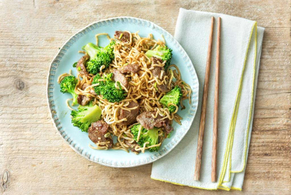 kitchen hacks-stir-friend-chinese-beef-HelloFresh