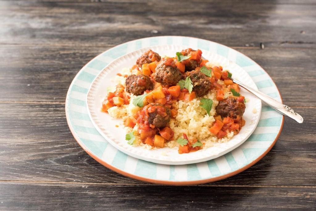 cilantro recipes-reservation-in-HelloFresh-turkish-lamb-meatballs