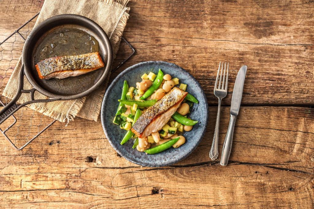 cilantro recipes-reservation-in-HelloFresh-lemon-salmon-butter-bean-zucchini