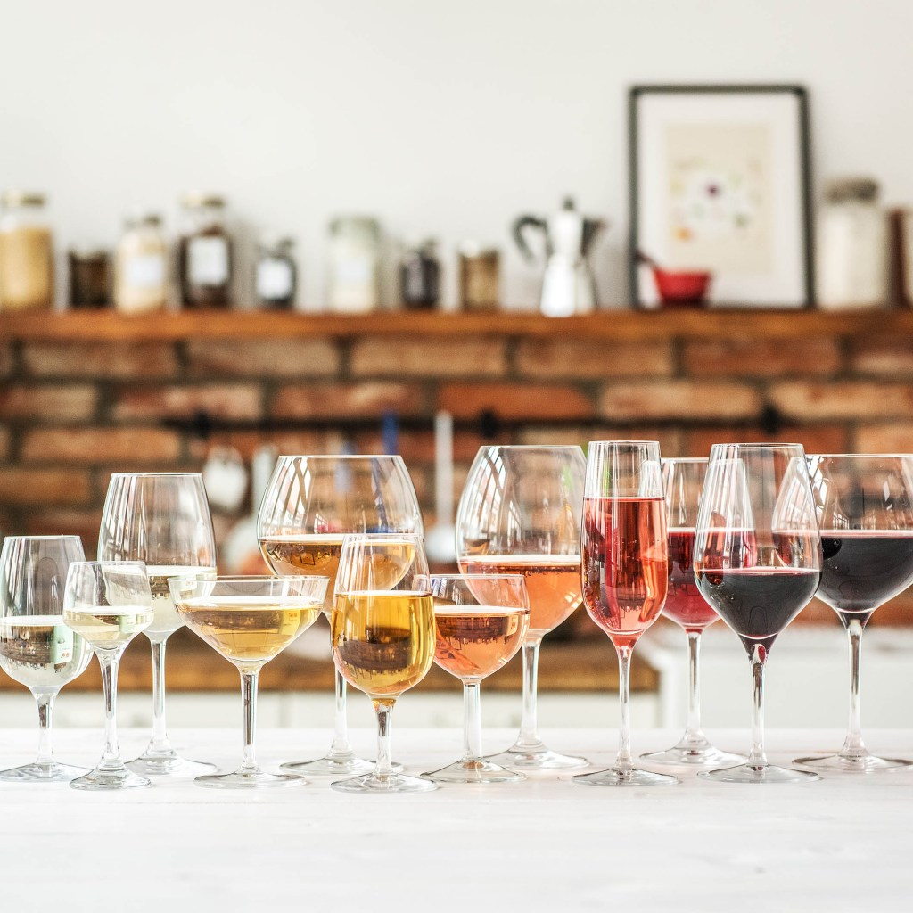 how to taste wine-HelloFresh-wine-club