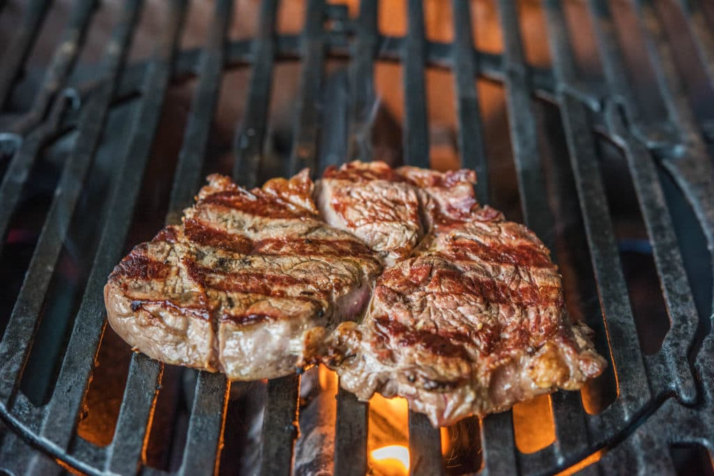 how to grill-steak-recipes-HelloFresh