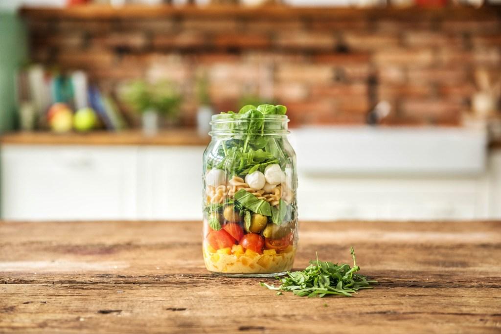 summer salads-recipes-mason-jar-mozzarella-pasta-tomatoHelloFresh