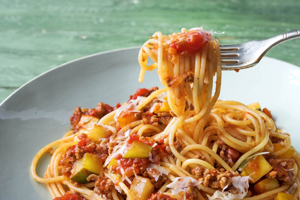 beef ragù-spaghetti-HelloFresh