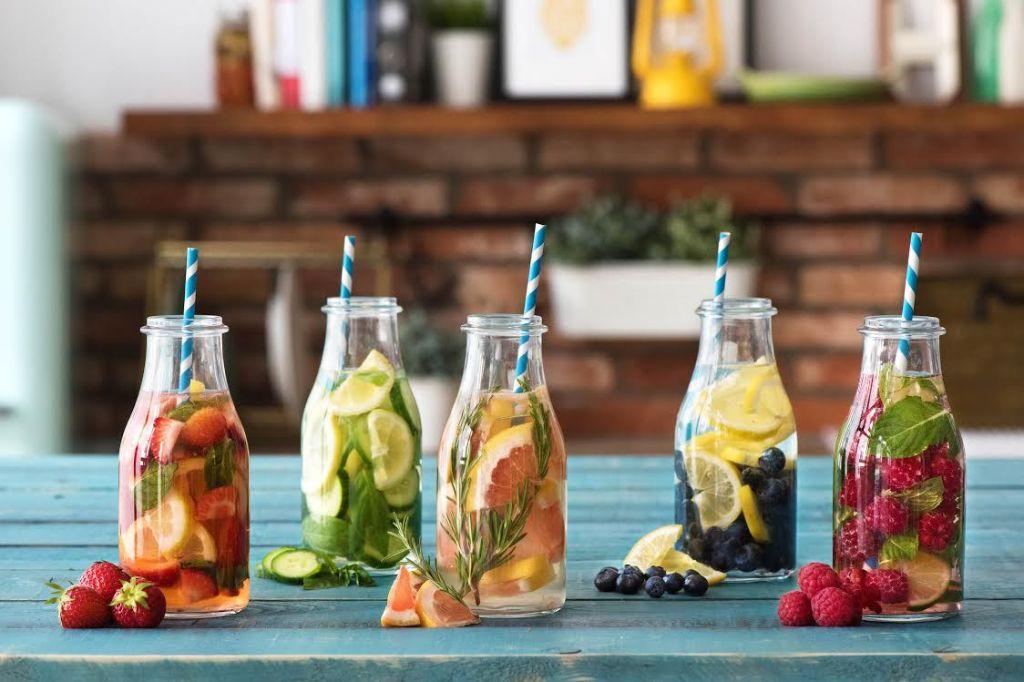 easy summer dinners-infused water-HelloFresh