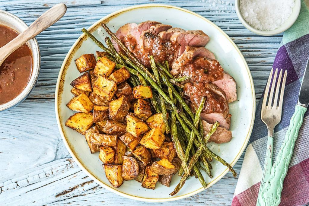 sweet and savory-fig-balsamic-pork-green-beans-potatoes-HelloFresh