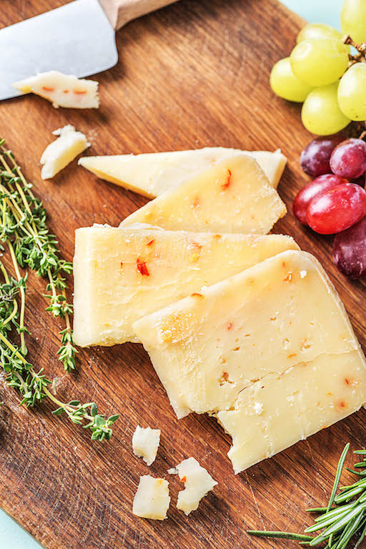 types of cheeses-HelloFresh-monterey-jack-cheese