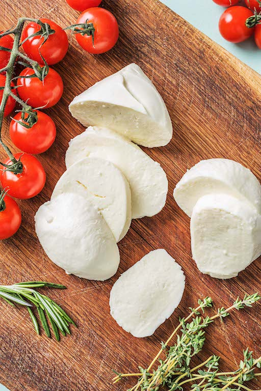 types of cheeses-HelloFresh-mozzarella-cheese