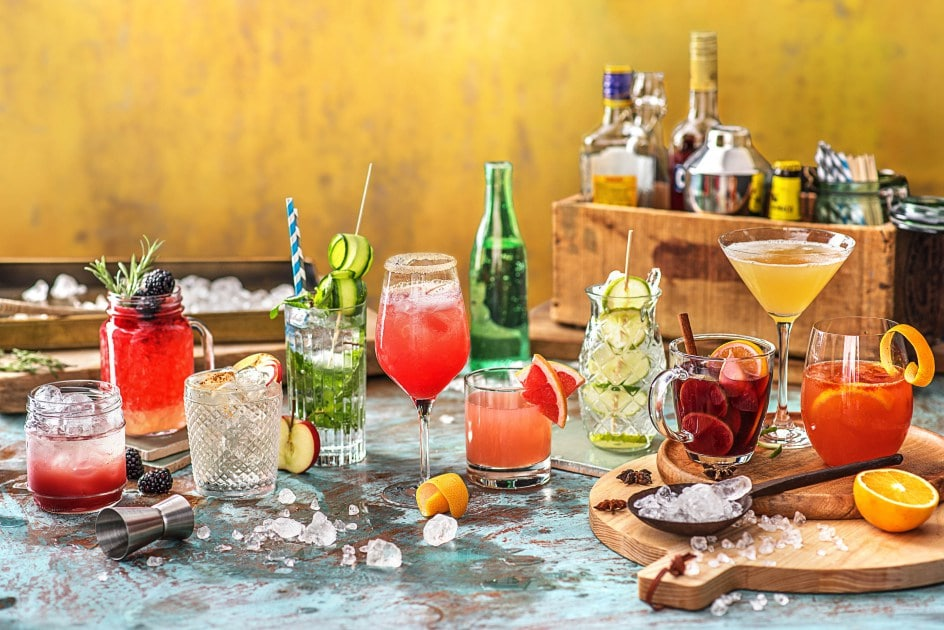 summer party-tips-tricks-recipes-HelloFresh-cocktails