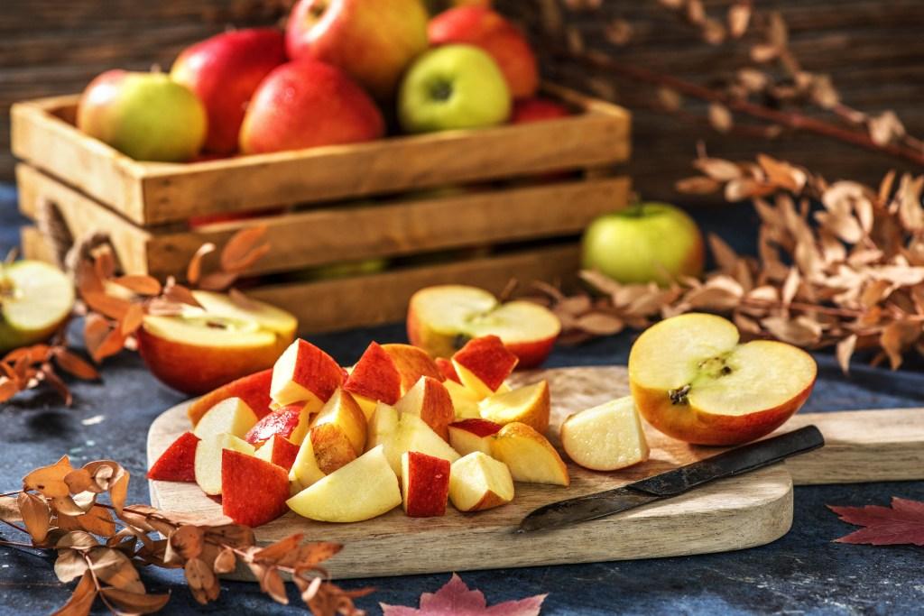how to make apple juice-recipe-HelloFresh