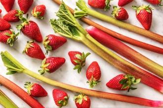 Unsere Erdbeer-Rhabarber-Marmelade