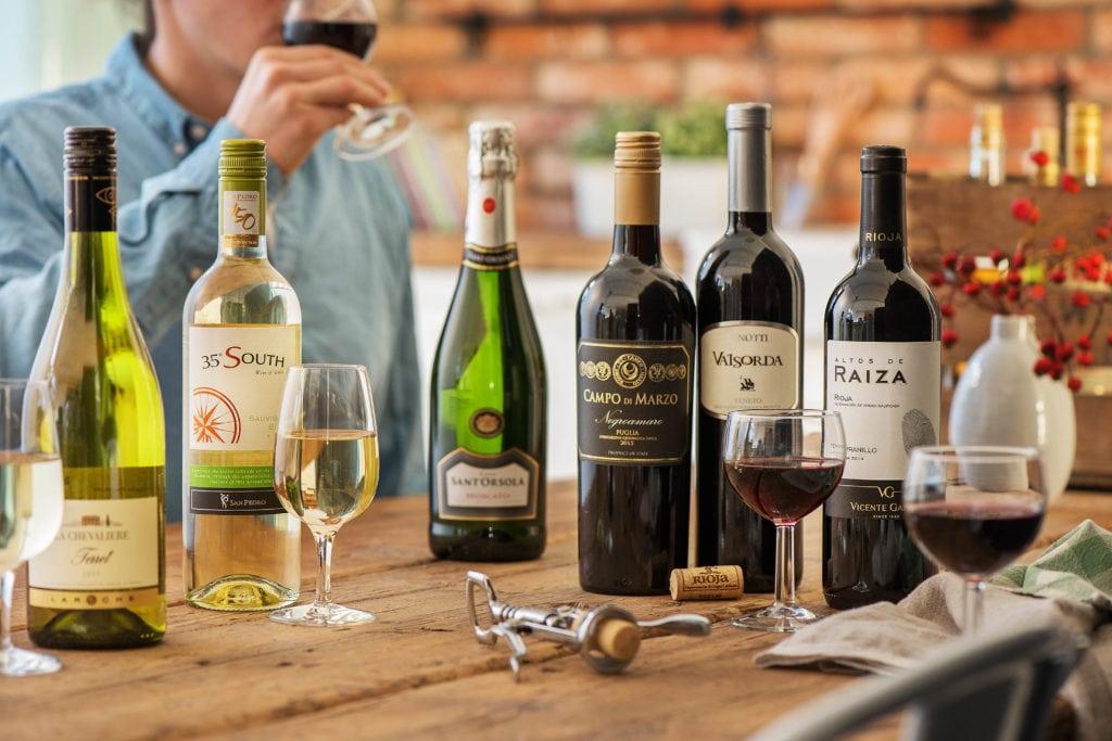 Eine Weinverkostung kann durchaus Spaß machen
