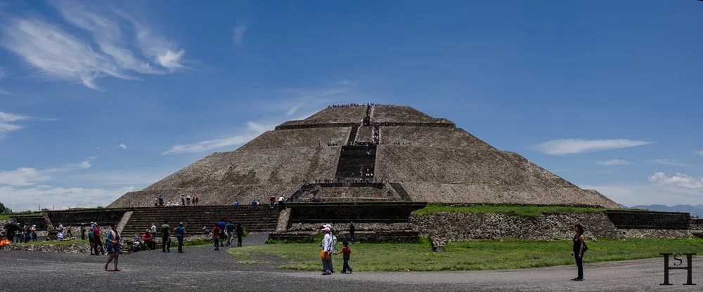 20120730-135430-Mexiko-Teotihuacan-Weltreise-_DSC0398-_DSC0400_3_images_pano