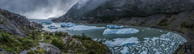 20121108-175157-Chile-Nationalpark-Patagonien-Torres-del-Paine-Trekking-Weltreise-_DSC0198-_DSC0218_20_images_pano