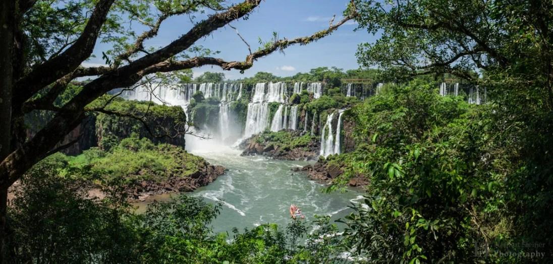 20121201-110302-Argentinien-Iguazú-Puerto-Iguazú-Wasserfall-Weltreise-_DSC4170-_DSC4175_6_images_pano