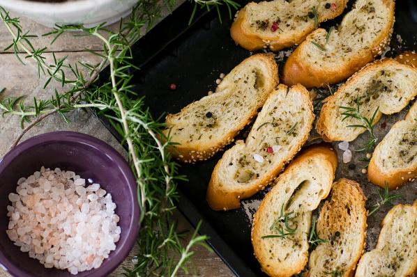 Bruschetta, snacks, sides, bread, bread rolls, french bread,