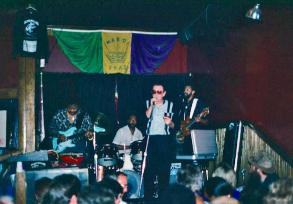 Charlie Musselwhite performs at Blind Willie's, Feb. 21, 1991. Photo by author.