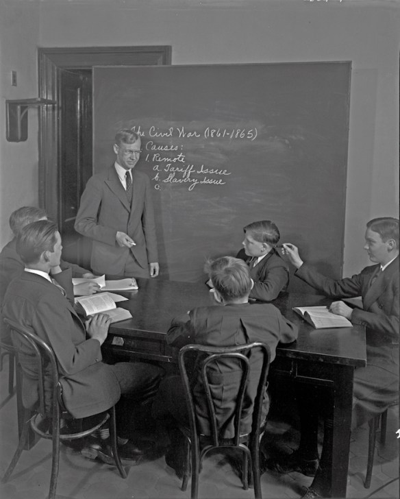 Ernest L. Kendall teaches a history class at the Capitol Page School. Library of Congress photo.
